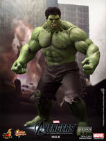 The Avengers: Hulk Sixth Scale Figure