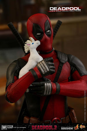Deadpool 2 Sixth Scale Figure - Hot Toys